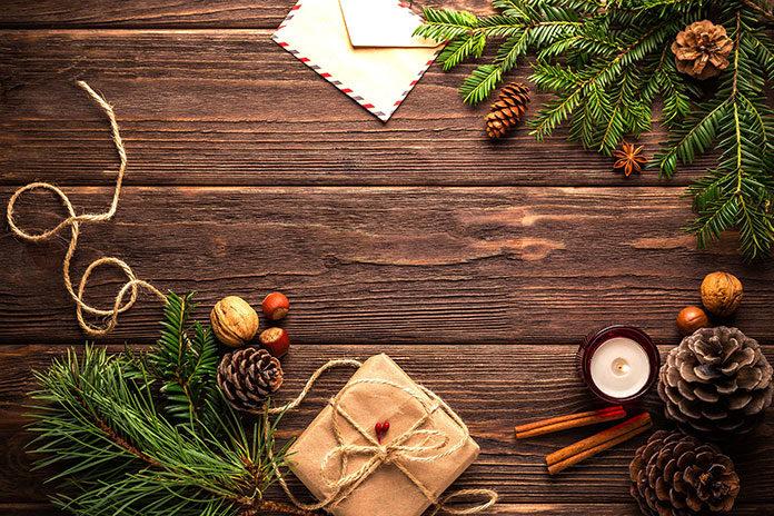 Przygotowujemy własne ozdoby na święta - czyli o ozdabianiu decoupage